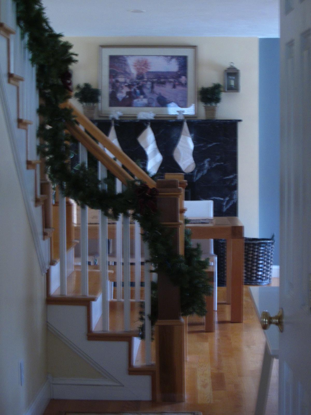 Christmas Decorating Entri Ways