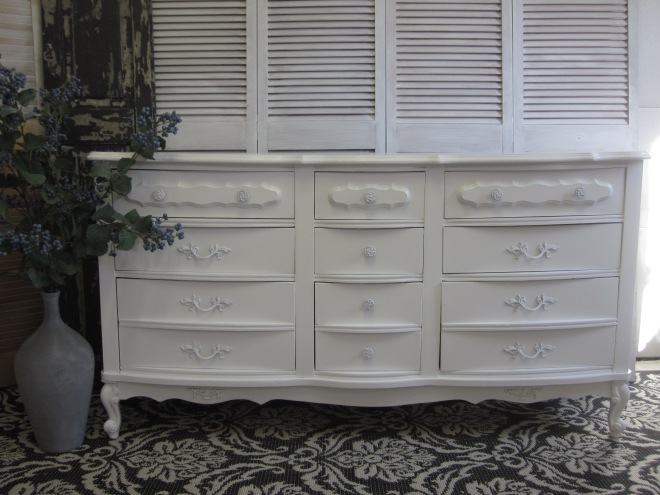 White French Long Dresser