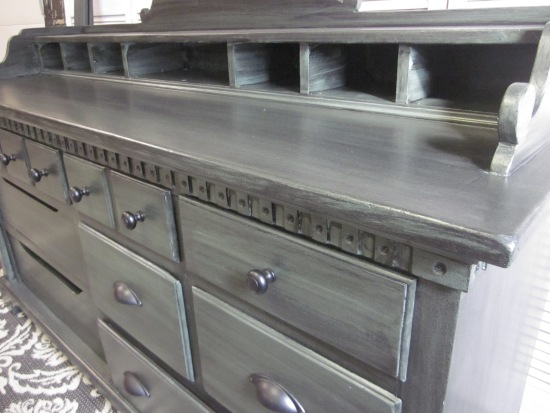 Colonial Sideboard Green Black Glaze 8